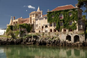 Removal Services to Cascais