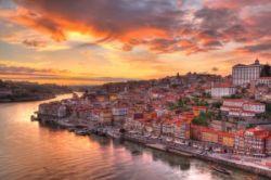 Removal Services to Vila Nova de Gaia