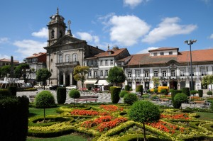 Removal Services to Guimaraes